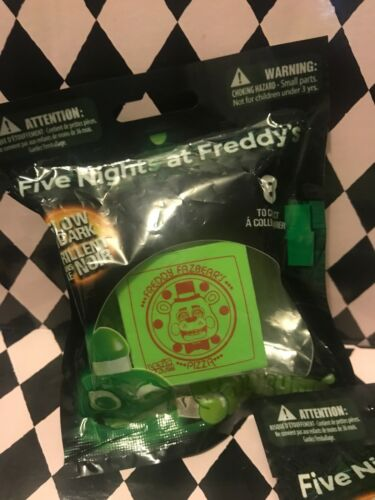 NEW Five Nights at Freddy/'s SQUISHME #8 Pizza Box Glow in the Dark FNAF Toy